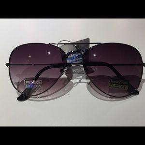 BOGO Free 🤗Air force Unisex Aviator sunglasses 🕶